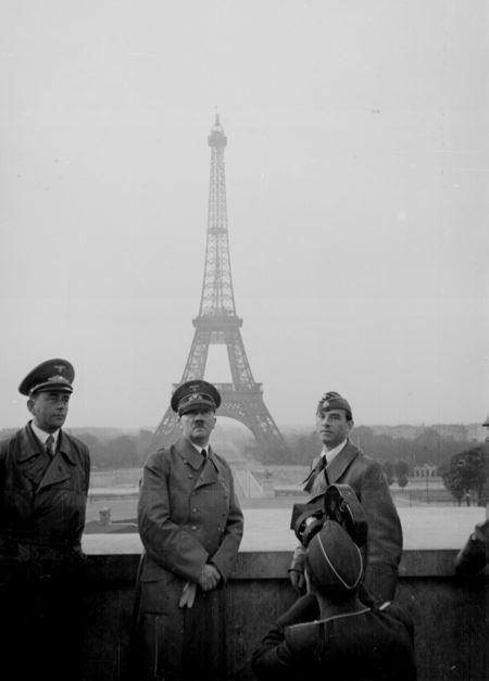 Eiffel Tower - APEC Blog